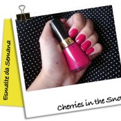 Esmalte da Semana: Cherries in the Snow