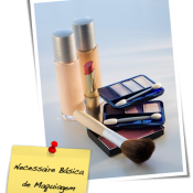 Necessaire Básica de Maquiagem