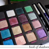Urban Decay Book of Shadows Vol III: Swatches