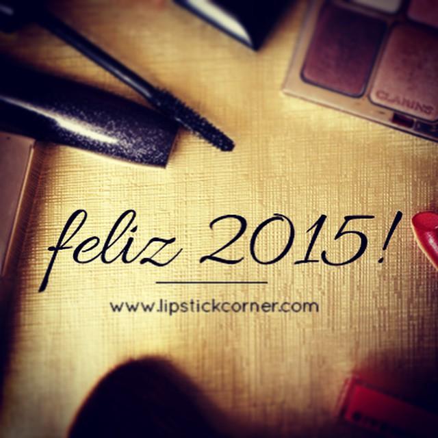 E eis que estou de volta ao blog! Corre lá para ver o primeiro post do ano! www.lipstickcorner.com #blog